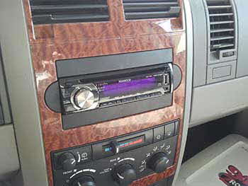 Kenwood cd/ams/fm/usb head unit with Custom speaker pod built into the lift gate with 6 1/2� coaxial clarion speakers and  Diamond 12� sub powered by a Rockford Amp.