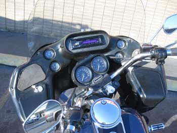 2002 Harley Davidson with a Kenwood excelon am/fm cd/ USB/ aux/ receiver and steering wheel controls.