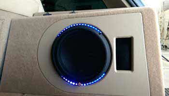 Range Rover. Installed a Clarion Multimedia Nav. Rockford Fosgate amps, Helix speakers, Rockford subwoofer in custom built amp rack and custom built bass enclosure.