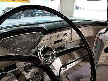 Late 50�s Chevy Fleetside Truck. Installed a Retro Radio Specific head unit and a pair of Kenwood speakers in the doors