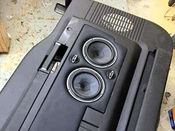 2012 Ford F350. Built custom door panels to house Hertz speakers.